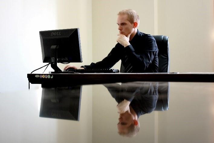 管理職の人事評価表の作成と運用