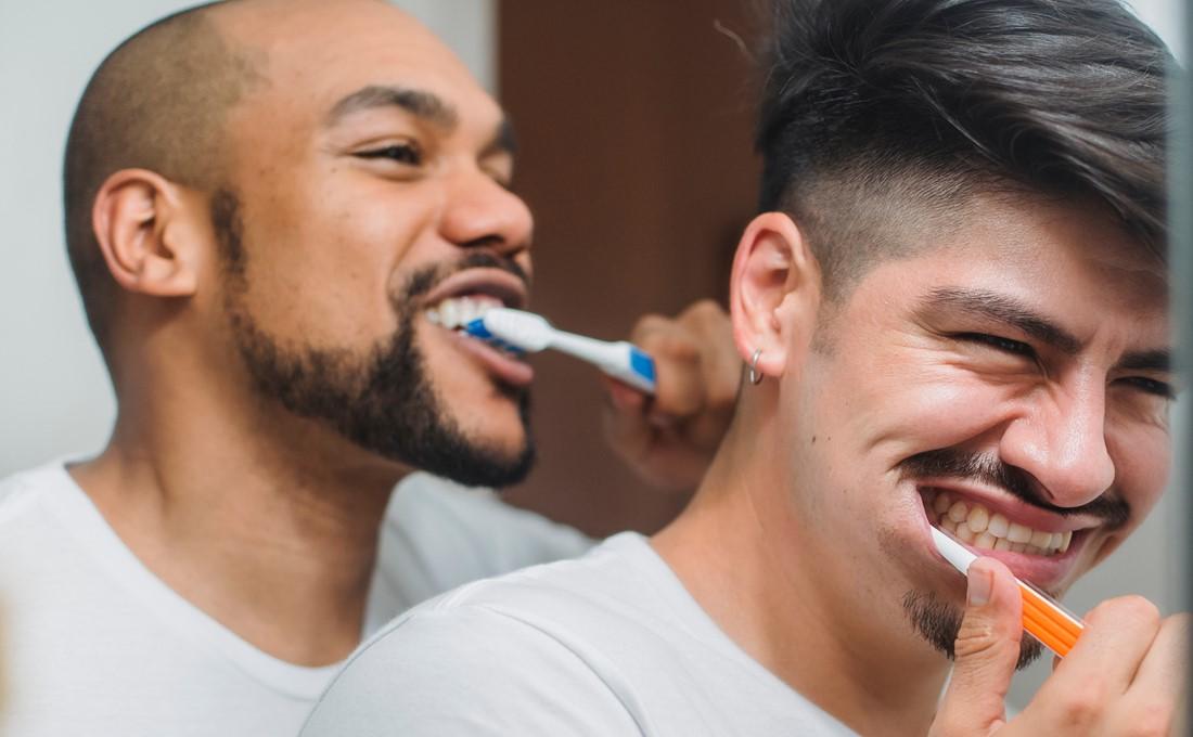 昼食後の歯磨きで、自分自身も磨こう/朝礼訓話