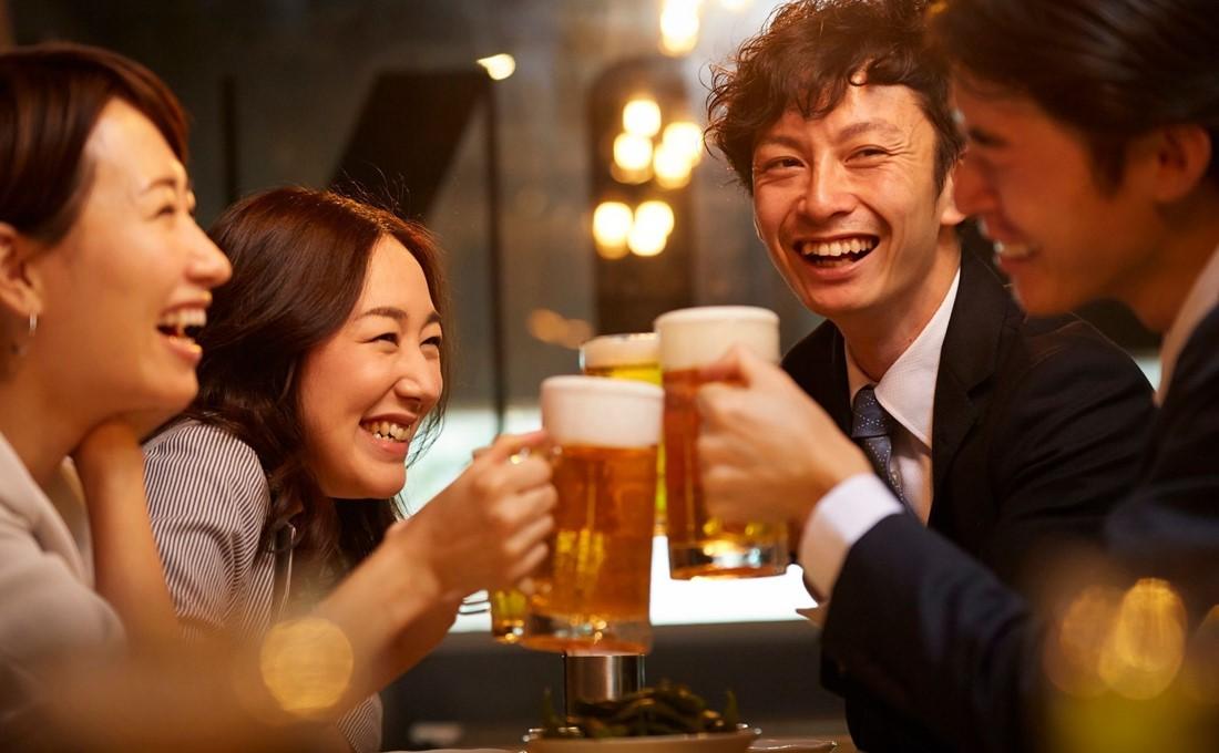 業務用が大きく落ちたビール・飲料大手4社、業績回復はやっぱりコロナ次第?