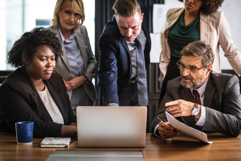 小さな企業で結果を出す中堅リーダーの条件