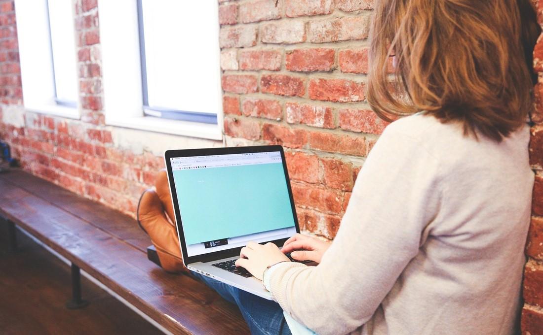 オフィスに出社しない社員の働きぶりを評価するポイント