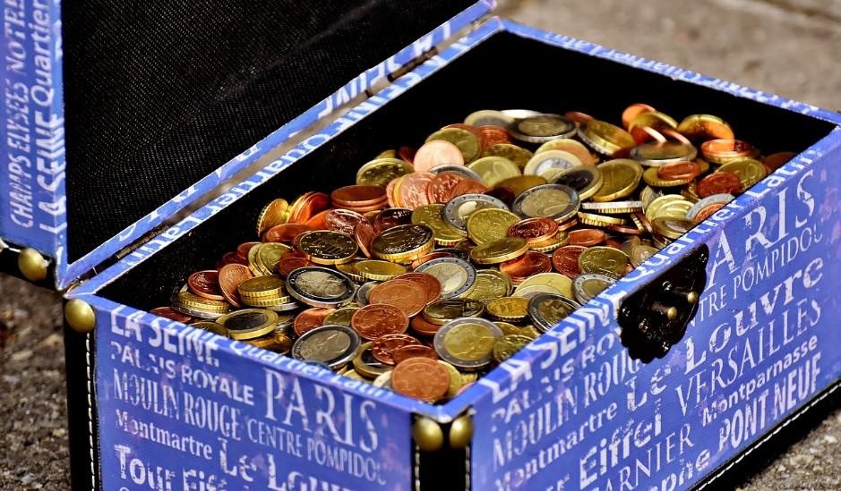 物々交換から暗号通貨まで 教養としてのお金の話