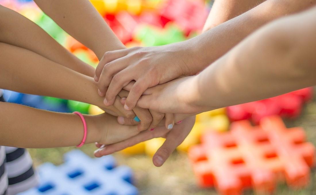 「三方よし」の新形態 非営利のコミュニティーにスポンサーとして参加する