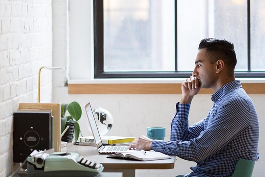 テレワークや時差出勤における労務のポイント